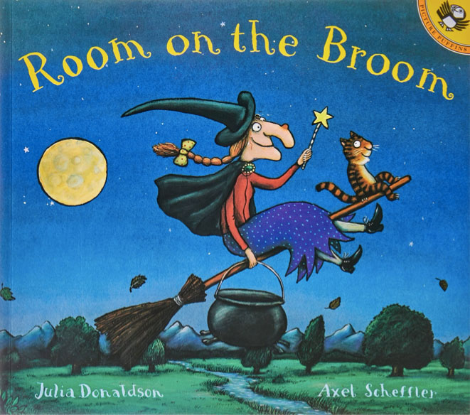 SNN Barnes & Noble Room on the Broom 10.20